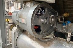 Regeneracja-sprezarki-srubowej-w-chiller-Carrier-30GX-122-417-kW