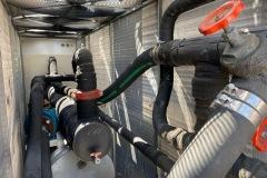 Chiller Uniflair 240 kW z mudułem hydraulicznym i Free cooling