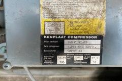 Serwis chiller Ciat 10389-11.83.056 - sprężarka tłokowa tabliczka