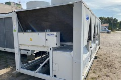 Sprzedaż i montaż agregatów wody lodowej Carrier
