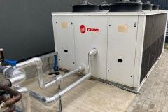 Sprzedaż chiller Trane i budowa instalacji wody lodowej