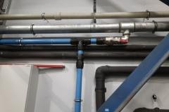 Łączenie rur plastikowych i stali