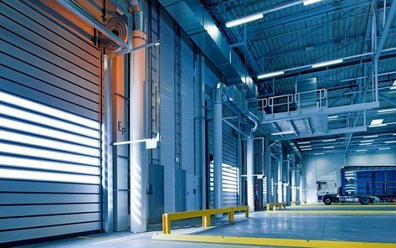 Chłodzenie hal przemysłowych