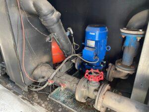 Wymiana pompy wody chiller Trane ECGAN600