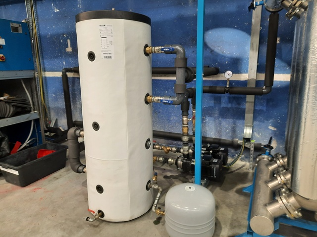 Zbiornik buforowy – Instalacja wody lodowej