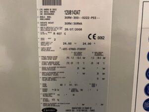 Serwis chiller Carrier 30RW-300 - tabliczka znamionowa